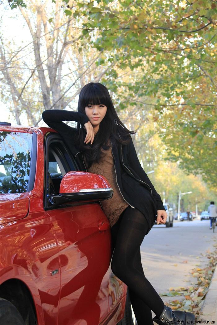 媳妇当车模 黑丝青春系美女