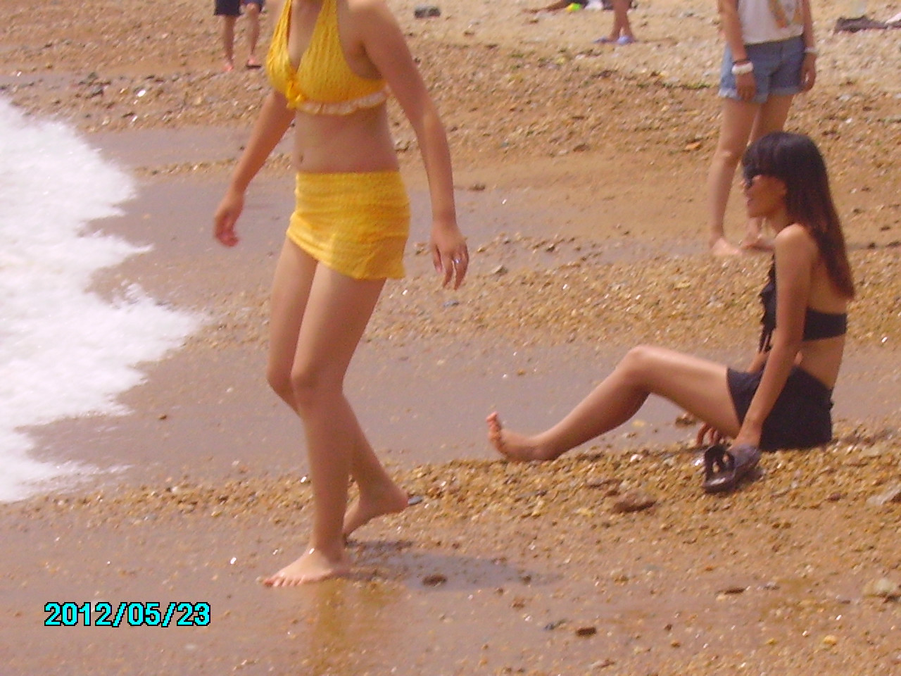 来自于 沙滩美女外>的照片