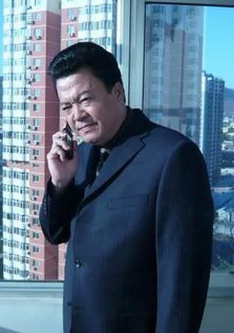 《都市是由之迷情危机》姐妹成科执导的一部金融题材商战电视剧国外版的中国电视剧大全集图片