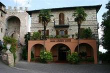 伊尔城堡酒店