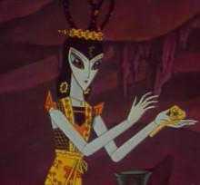 最有名的美女蛇当属《葫芦娃》系列动漫里的两位女妖