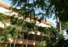 里维埃拉度假酒店