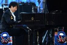 郎朗在英女王钻禧庆典上演奏