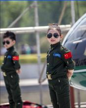 娃娃飞行员
