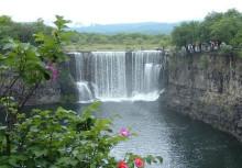 吊水楼瀑布风景(一)