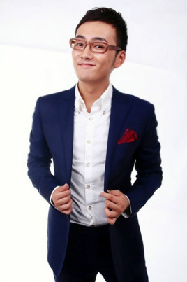 韩非(电视节目主持人)图片