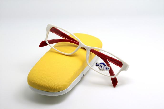 绿洲眼镜(浦江店)