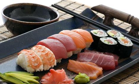 鲸泽回转寿司