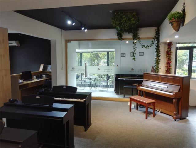 十二音钢琴