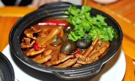 德源鸡煲烤鱼(黄江店)