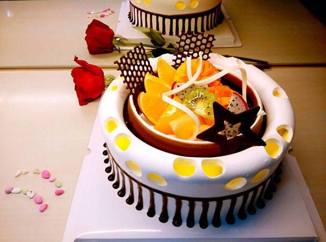 荣芳生日蛋糕店