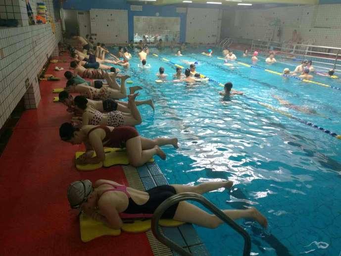 水晶游泳培训班(和平饭店游泳馆店)