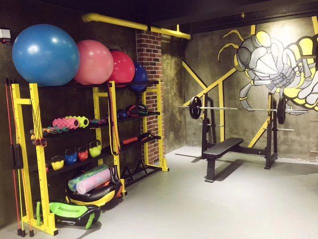 本能健身工作室