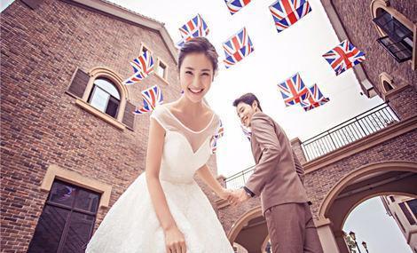 卡蒙视觉艺术婚纱摄影馆