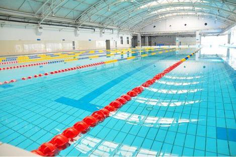 华师一附中游泳池