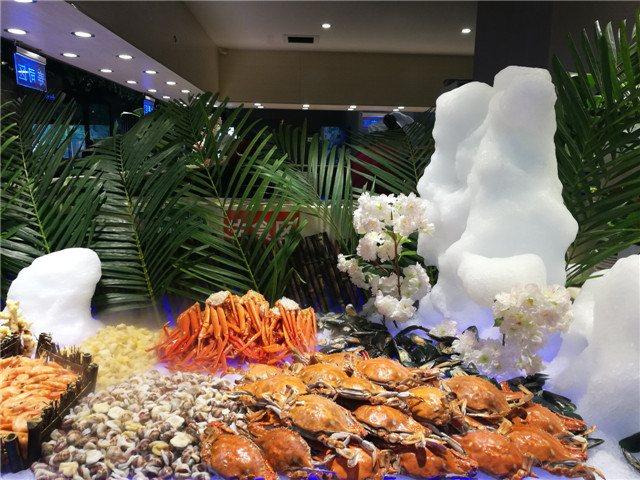 阿郎山海鲜烤肉涮锅自助美食城