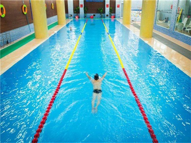 佰伦斯游泳健身俱乐部