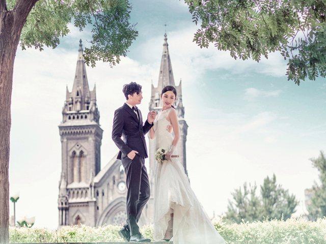 V12婚纱摄影工作室