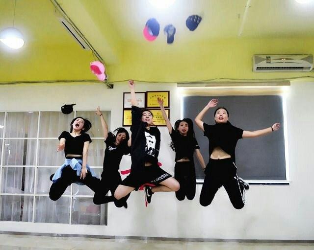 华翎舞蹈(龙华店)