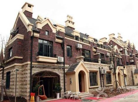 长江传媒国际旅行社(洪山广场店)
