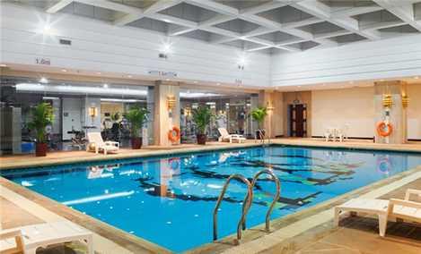小海豚游泳健身俱乐部