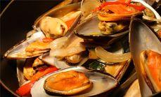 五洲皇冠亚洲咖啡园自晚餐助