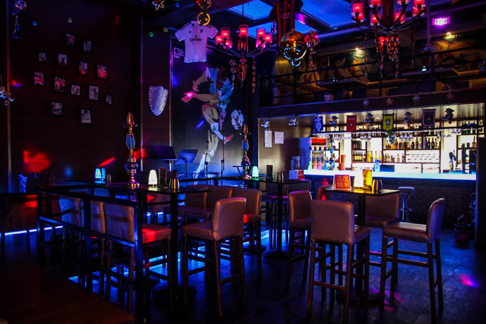 旅人音乐酒吧