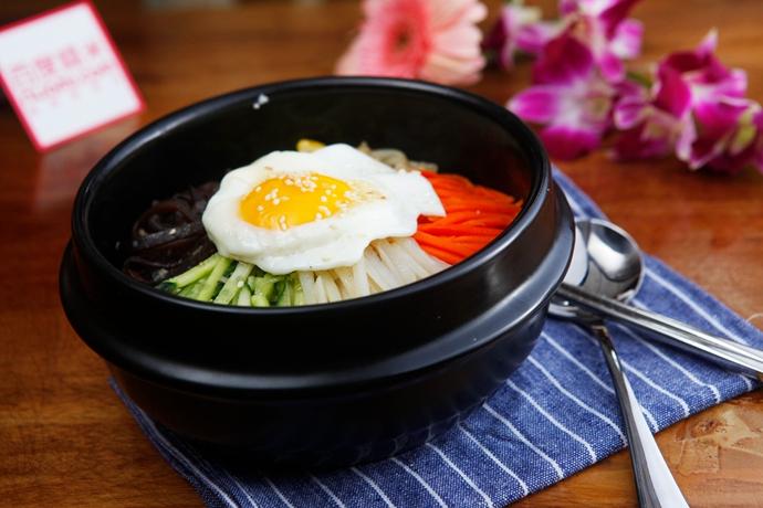 韩菜菜韩国石锅拌饭(三峡广场店)