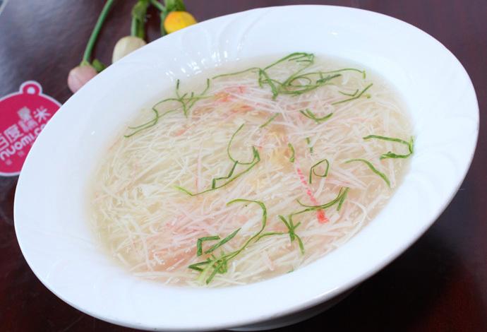 三鲜豆腐汤:   米饭:   养生秋木耳:   五香牛肉:   总督豆腐:   煎焗