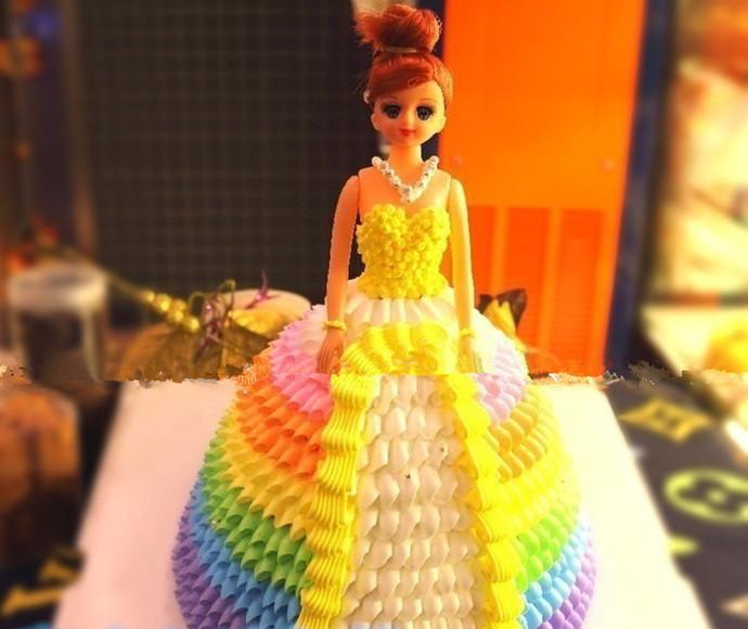 优米儿彩虹芭比娃娃蛋糕图片