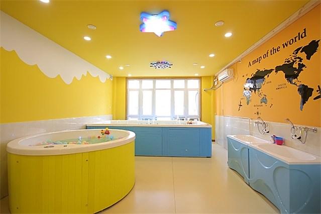 橡树与木棉的爱婴幼儿游泳馆(老长客店)