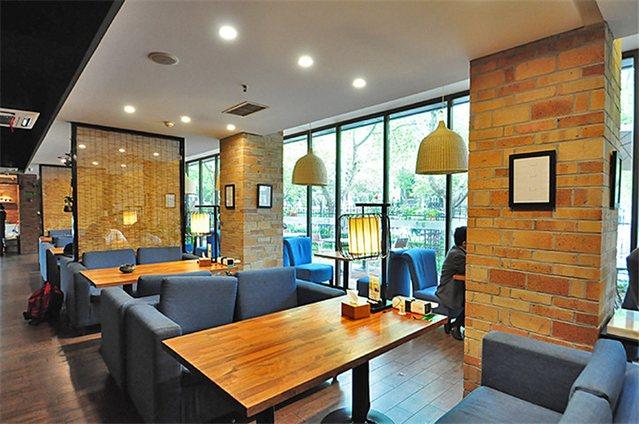 宴遇自由餐厅(徐庄软件园店)