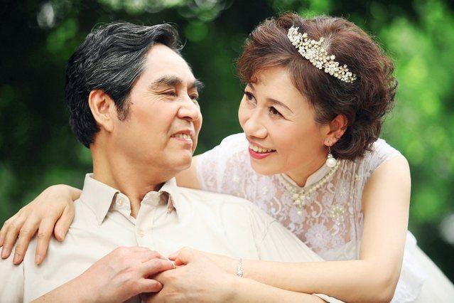 绿野常青藤中老年婚纱摄影