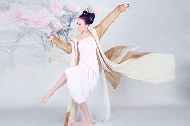 紫翼东方舞