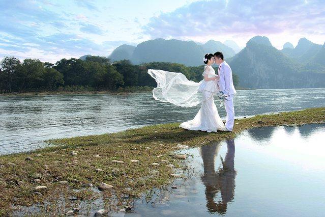 私人定制婚纱摄影