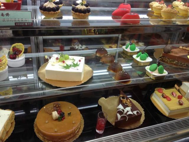 安娜公主蛋糕(新华学院服务店)