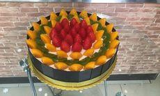 爱月辰辰水果蛋糕