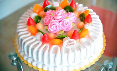 爱心品蛋糕