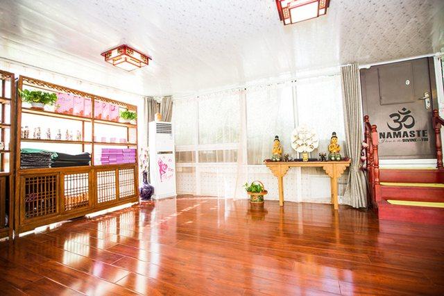 初馨瑜伽馆