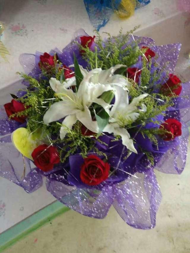 朵朵鲜花礼仪