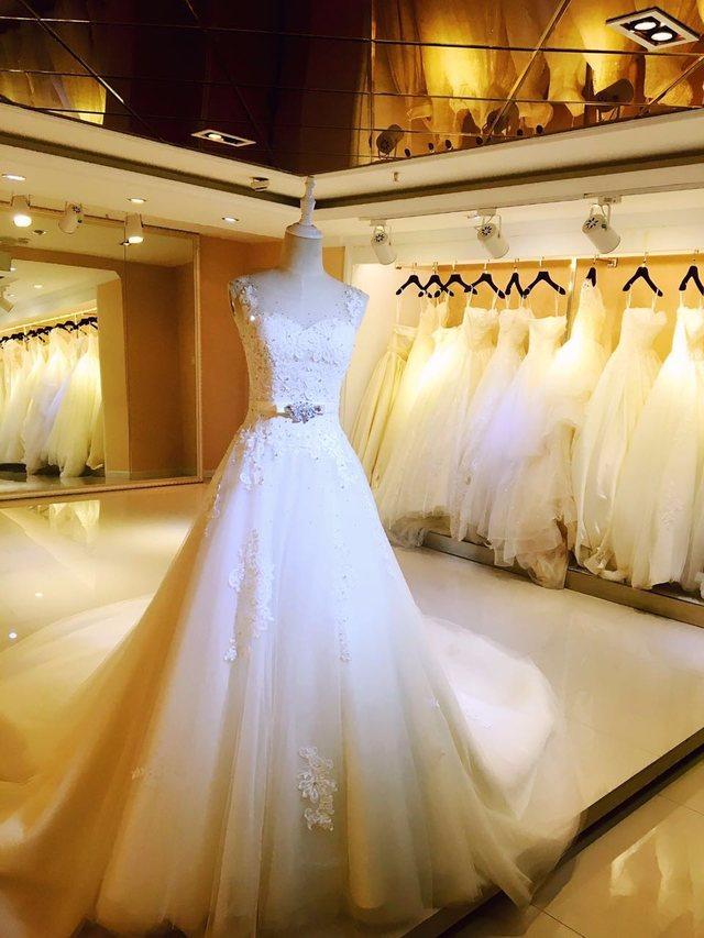 蔷薇新娘婚纱礼服馆