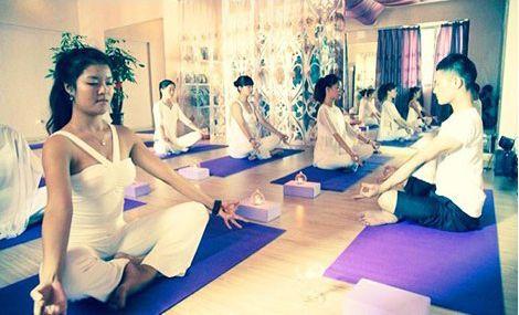 艾梵瑜伽馆(台江万达店)