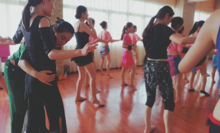华翎瑜伽舞蹈培训学校(江西总店)