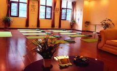 慢优生活瑜伽馆