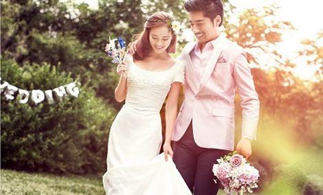 时尚新派婚纱摄影