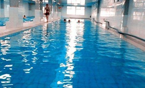 索菲特银座大酒店游泳培训