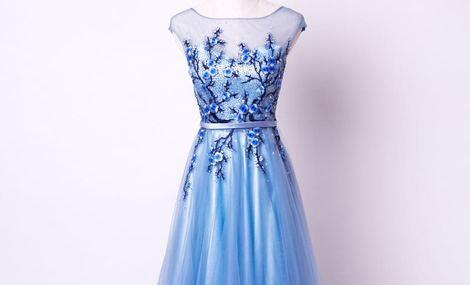 富图纳婚纱礼服跟妆