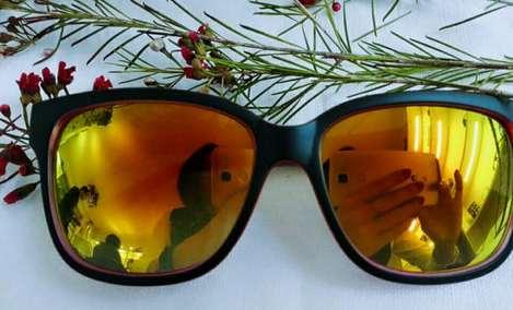 合目眼镜 - 大图
