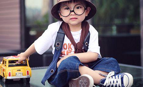 亲亲宝贝儿童摄影(江南摩尔店)