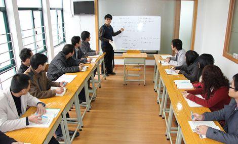 曼斯特英语培训学校(长安店)